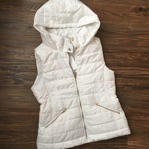 NWT New York & Co White Puffer Vest